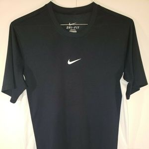 Nike Dri Fit Black And White Shirt Size Small